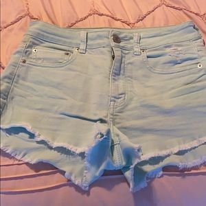 The cutest festival shorts!